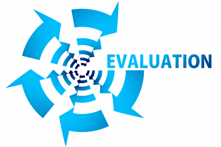 Arrows in a Circle with the word Evaluation